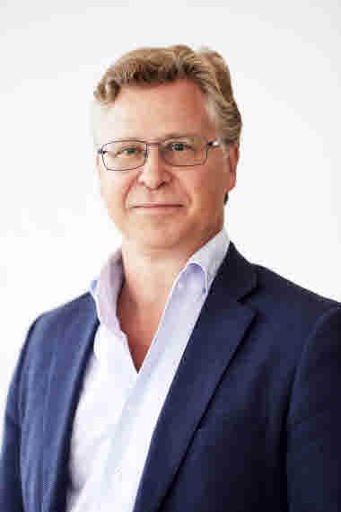 Porträttbild på Michel Silvestri, ledamot.