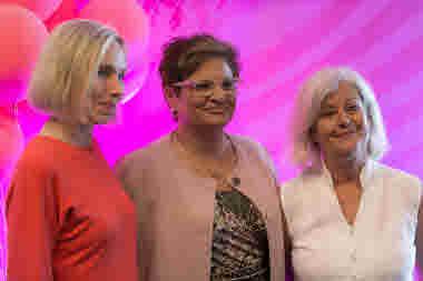 Ragnhild Karlsson, Sineva Ribeiro, Ann Johansson, presidiet, på kongressen 2018.